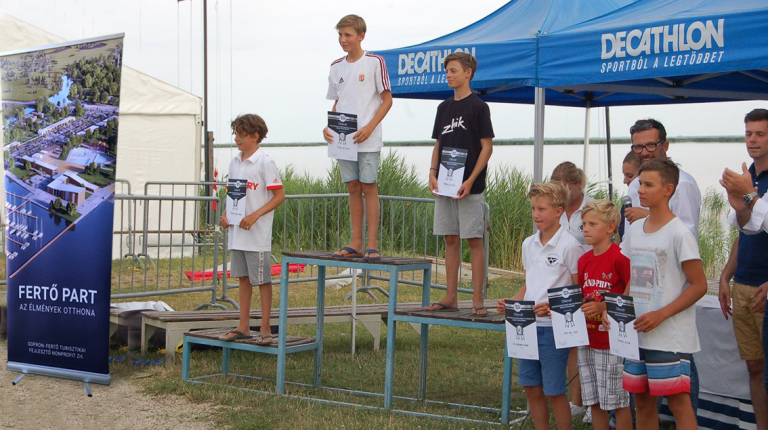 Decathlon díjkiosztó 2